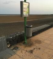 1-papeleras-y-suciedad-avda-las-playas
